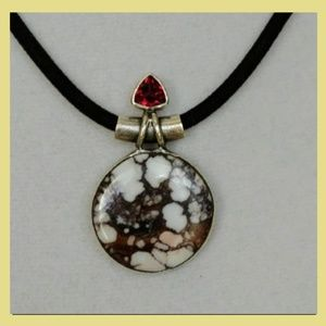 Jewelry - Wild Horse Agate Necklace